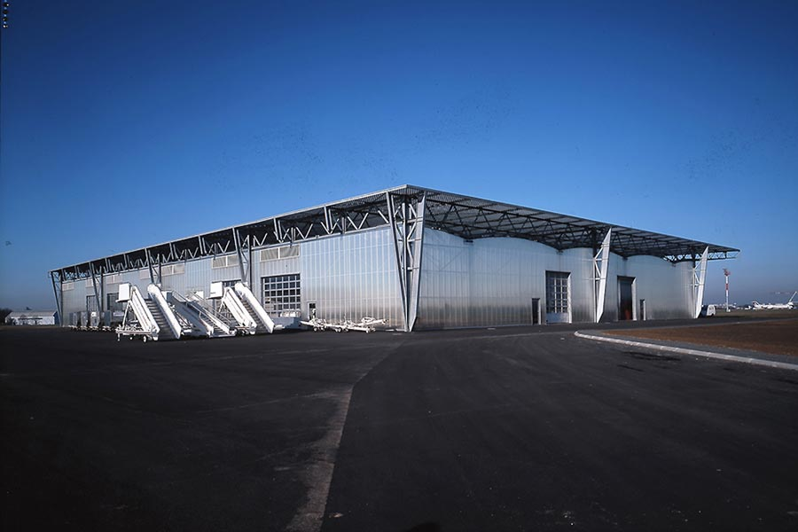 AIRPORT WAREHOUSE
