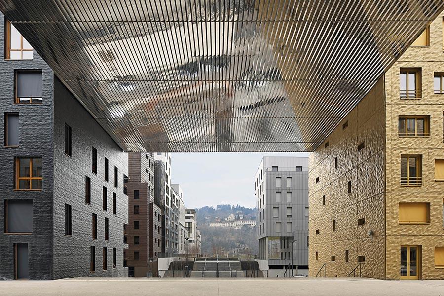 LE MONOLITHE BUILDING